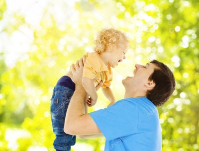 depositphotos_49336273-stock-photo-father-child-happy-playing-dad